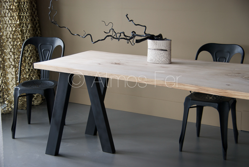 pied de table style industriel top tab with pied de table. Black Bedroom Furniture Sets. Home Design Ideas